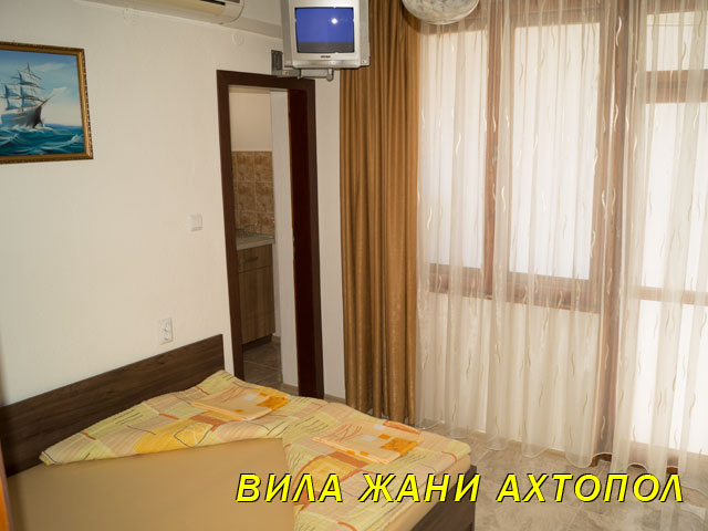 ahtopol-rooms-info-1-8